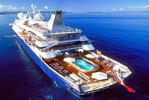 Yacht Charter Luxury Mega YAcht Power For Experience