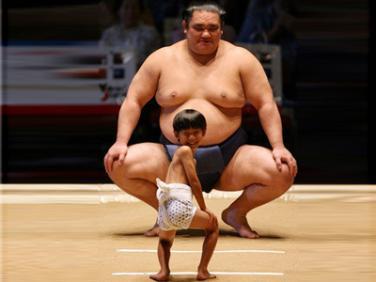 sumo and child
