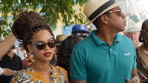 Beyonce does Havana, eyes wide shut