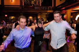 Harvard grads enjoy happy hour