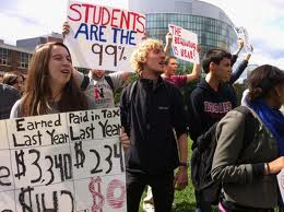 Harvard law students demand early admission to the bar