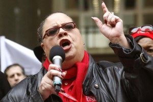 The spirit of Chicago, union head Karen Lewis inspires her Greenwich peers.