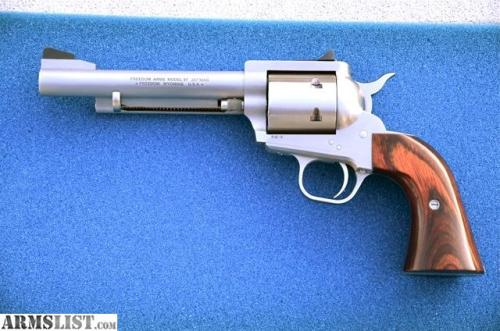 2669679_05_freedom_arms_model_1997_357mag_640