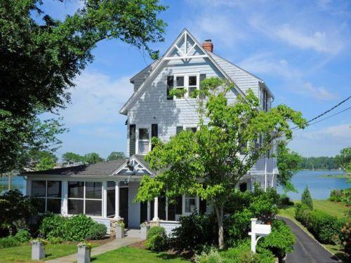 187 Shore Road