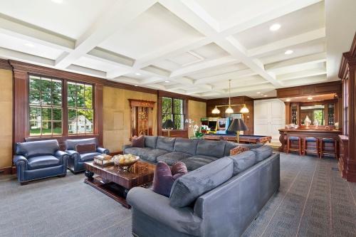 andrews living room
