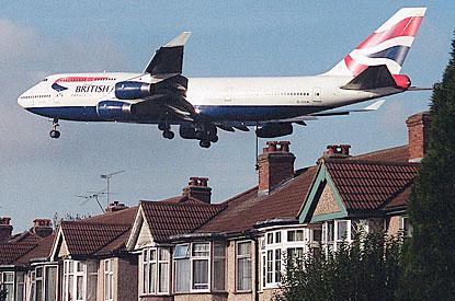 BA-Jumbo-Low-Flying-Over-Houses