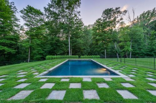 mooreland pool